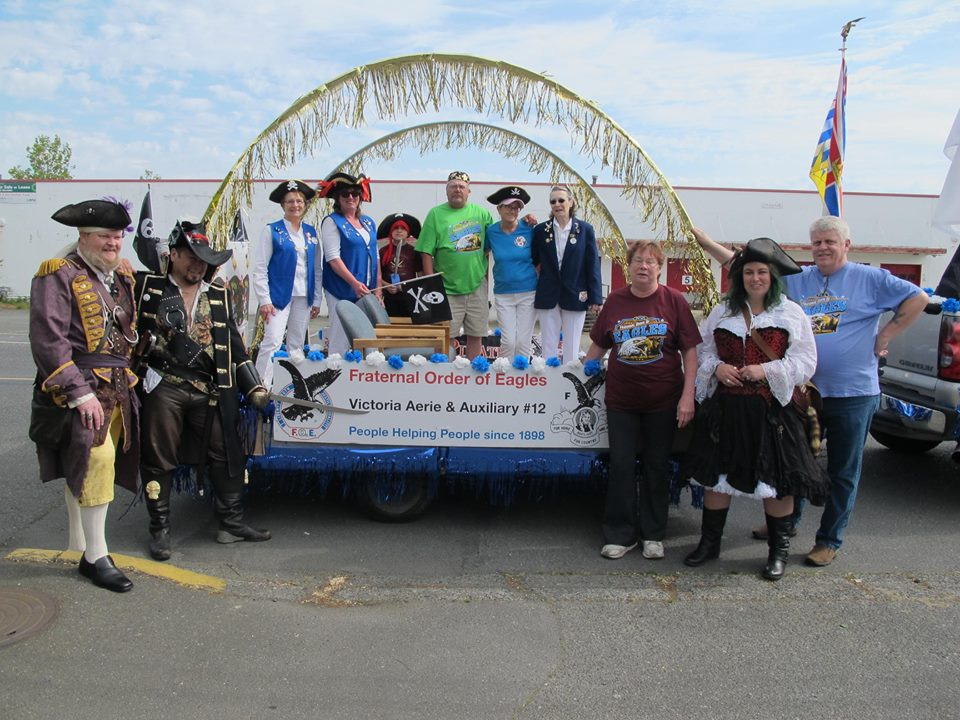 Buccaneer parade group with float